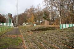 Verlaten voetbalstadion in Wageningen genoemde Wageningse Berg royalty-vrije stock foto's