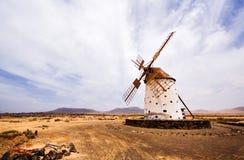 Verlaten windmolen, Spanje Royalty-vrije Stock Afbeeldingen
