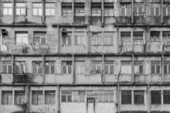 Verlaten Woningbouw stock foto's