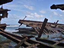Verlaten wrak van s S Maheno in Fraser Island in Australië stock afbeeldingen