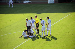 Verletzter griechischer Fußballspieler - Pantelis Kafes Stockfotografie