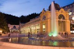 Verlichte colonnade Royalty-vrije Stock Fotografie