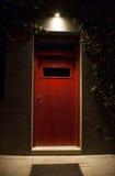 Verlichte deur bij nacht Royalty-vrije Stock Foto
