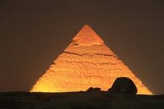 Verlichte Giza Piramide, Egypte Stock Afbeeldingen
