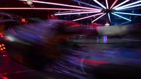 Verlichte hoge snelheids 's nachts spelen video stock videobeelden