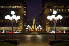 Verlichte Kerstboom in Montreal Stock Foto
