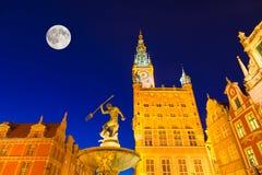Verlichte Oriëntatiepunten in Gdansk Stock Foto's