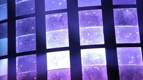 Verlichtingsballen op de kroonluchter in de lamplicht, gloeilampen die van het plafond, lampen op de donkere achtergrond hangen Royalty-vrije Stock Fotografie