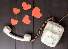 verliebtes telefonisch sprechen Lizenzfreies Stockfoto