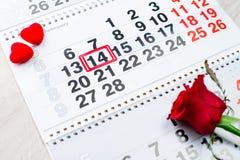 Verlobungsring, Herz, Kalender, am 14. Februar Stockfotos