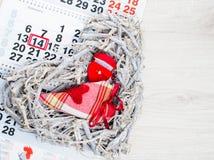 Verlobungsring, Herz, Kalender am 14. Februar ein Geschenk für Valent Lizenzfreie Stockfotos