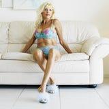 Verlockende Frau in der Unterwäsche. Stockfotos