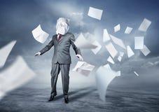Verloren in der Schreibarbeit Lizenzfreies Stockfoto