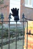 Verloren handschoen Stock Afbeeldingen