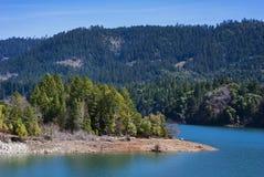 Verloren Kreekmeer op Rogue River in Oregon stock afbeelding