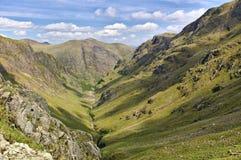 Verlorenes Tal, Glencoe, Schottland mit Kante und steilen Steigungen lizenzfreie stockfotos