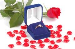 Verlovingsring in een Doos royalty-vrije stock afbeeldingen