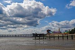 Vermaak en de genoegenpijler in South End op Overzees, Essex royalty-vrije stock foto's