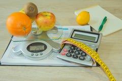, Vermageringsdieet Ealthy die en weegt verliesconcept eten op dieet zijn Stock Fotografie