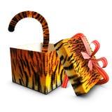 Vermelho aberto e cauda da fita do tigre do presente da caixa Fotografia de Stock Royalty Free