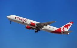 Vermelho Boeing 767-300ER de Air Canada Foto de Stock