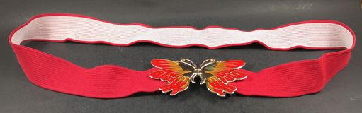 Vermelho brilhante 1980& x27 do vintage; correia da borboleta de s Imagem de Stock Royalty Free