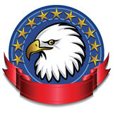 Vermelho da bandeira da águia Fotos de Stock