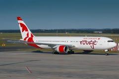 Vermelho de Air Canada Fotos de Stock