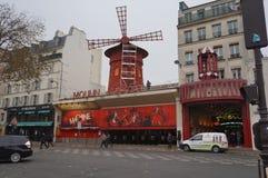 Vermelho de Moulin em Paris Foto de Stock
