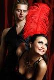 Vermelho do moulin do dançarino dos pares Fotos de Stock Royalty Free