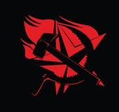 Vermelho do símbolo do comunismo do martelo e do Sickle no preto Fotografia de Stock Royalty Free