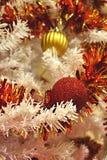 Vermelho e Natal do ouro Fotografia de Stock Royalty Free