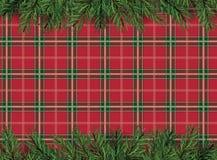 Vermelho, fundo quadriculado do teste padrão do verde com o deco da árvore de Natal Imagens de Stock