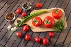 Vermelho - tomates deliciosos Fotografia de Stock