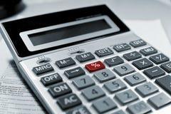% vermelhos do símbolo da calculadora. Imagem de Stock
