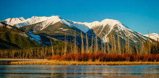 Vermilion See-Sonnenaufgang, Banff Stockfotos