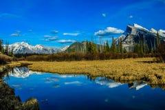 Vermillion λίμνες, εθνικό πάρκο Banff, Αλμπέρτα, Καναδάς Στοκ Φωτογραφία