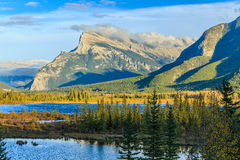 Vermillion Lakes and Mount Rundle Royalty Free Stock Photos