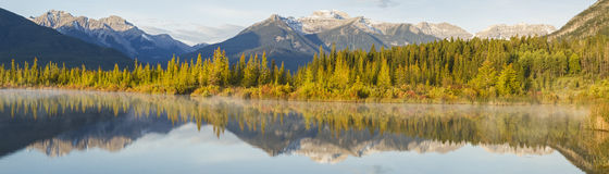 Vermillion Lakes Sunny Shore Royalty Free Stock Photo