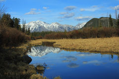 Vermillion Lakes under fall colours Royalty Free Stock Images