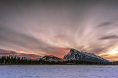 Vermillion sjöar i Banff Arkivfoto
