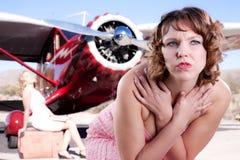 Vermoeid van het wachten op een vlucht Stock Foto's