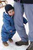 Vermoeide baby in de winter Stock Afbeelding