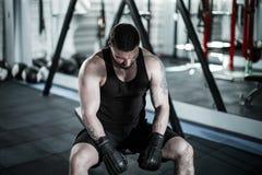 Vermoeide mannelijke bokser royalty-vrije stock fotografie