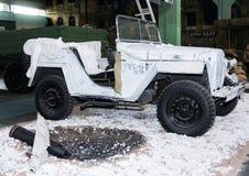 Vermomd militair SUV Stock Afbeeldingen
