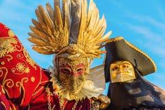 Vermomde mensen in Carnaval van Venetië Royalty-vrije Stock Foto