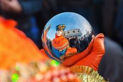 Vermomde mensen in Carnaval van Venetië Royalty-vrije Stock Afbeeldingen
