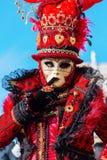 Vermomde vrouw in Carnaval van Venetië Royalty-vrije Stock Foto's