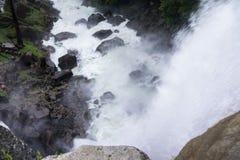 Vernal nedgångar som ses från över, Yosemite nationalpark, Kalifornien Royaltyfri Bild