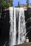 Vernal nedgångar Yosemite nationalpark, Kalifornien, USA Royaltyfria Bilder
